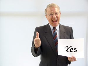 117689 - guy with yes sign